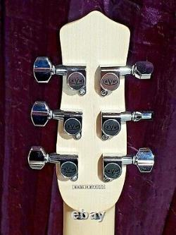 EVH Striped Series Star Guitar 6 string electric guitar DEAD MINT
