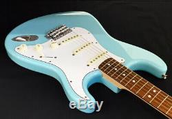 Fender Japan Traditional 70s Stratocaster Daphne Blue DB SSS E. Guitar 6 String