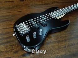 Haze 1/2 Size 4-String Electric Bass Guitar, Jet Black, S-S +Free Bag SBG-387BK