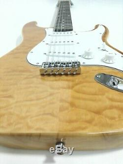 Haze HSST 10S 12-String Electric Guitar, S-S-S, Natural Quilted Top +Free Gig Bag