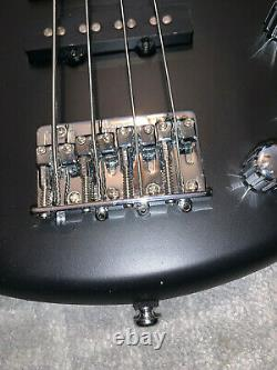 Ibanez GIO Soundgear miKro 4-string electric bass guitar
